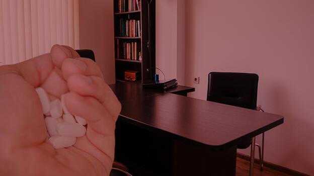 Hollandalı psikolog itiraf etti! Hastalarına 'ölümcül toz' verdi