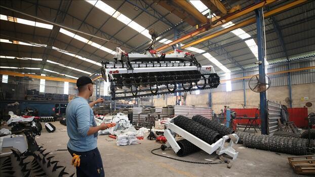 Azerbaycan'da kurulan tarım parkına Aydın'dan da makine gönderiliyor