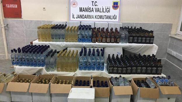 Manisa'da 701 şişe kaçak içki ele geçirildi