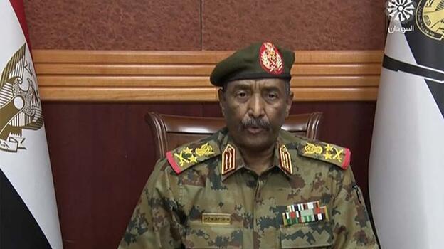 Sudan Egemenlik Konseyi Başkanı hükümetin feshedildiğini açıkladı