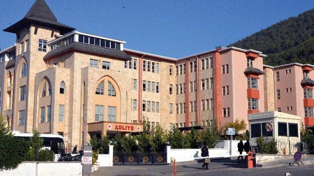Yazıcıoğlu davasında FETÖ'den tutuklu olan sanıklar mahkeme salonuna getirildi