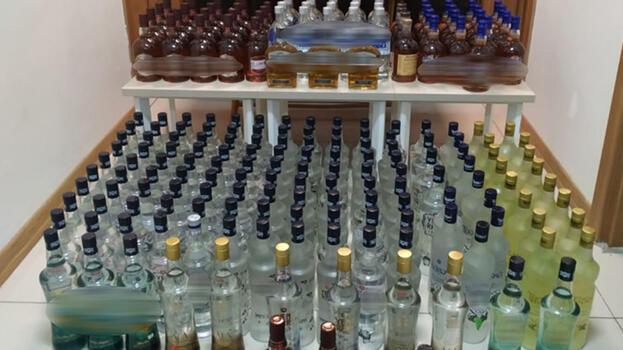 Çanakkale'de 306 şişe kaçak içki ele geçirildi