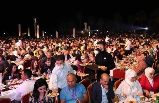 Starlight Resort Hotel'de 40 ülkeden 1600 turist