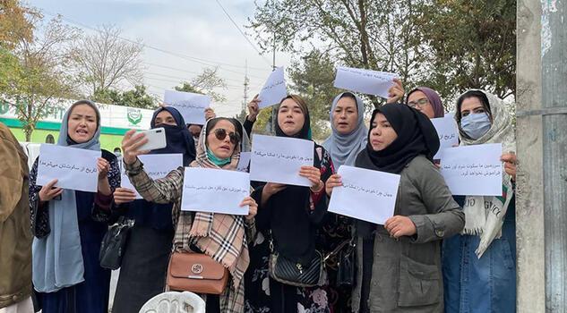 Afgan kadınlardan BM'ye protesto