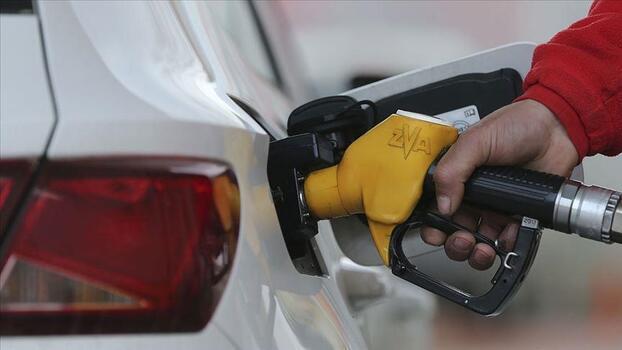 Benzine 28 kuruş zam