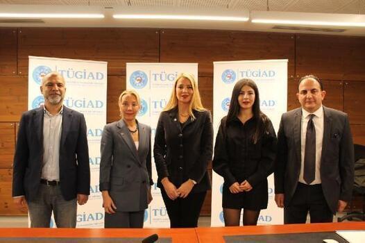 TÜGİAD, Türkiye Cumhuriyeti'nin 98'inci yılında gençliğe dijital eğitim verecek