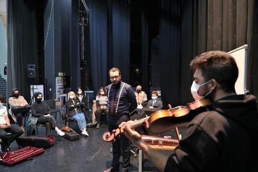 Başakşehir Belediyesi 'Müzik Atölyeleri' projesi hayata geçti
