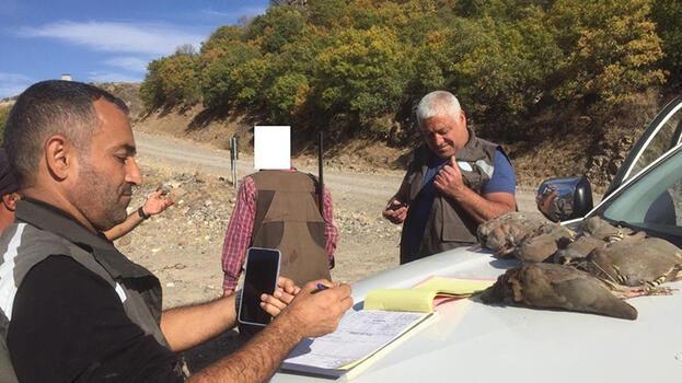 Son dakika... Tunceli'de kaçak keklik avlayan 9 kişiye ceza yağdı!