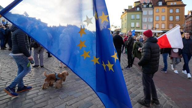 AB'den Polonya'ya günlük 1 milyon euro ceza