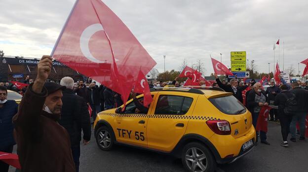 Taksiciler'den UKOME öncesi Yenikapı'da eylem