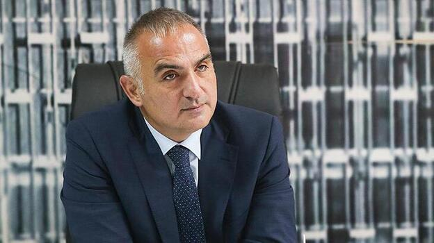 Kültür ve Turizm Bakanı Ersoy, Cumhuriyet'in 98'inci yılını kutladı