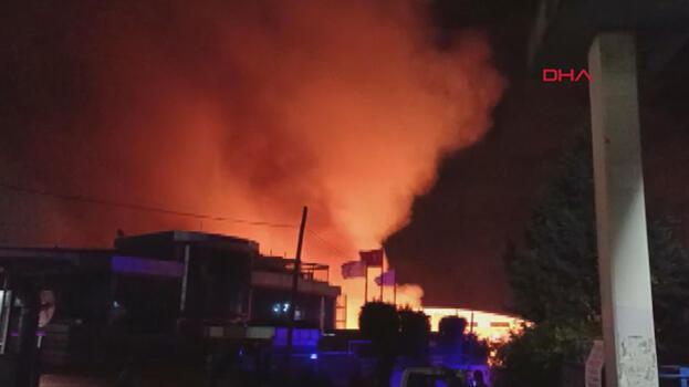 Son dakika: Esenyurt'ta fabrika yangını! Çok sayıda ekip sevk edildi