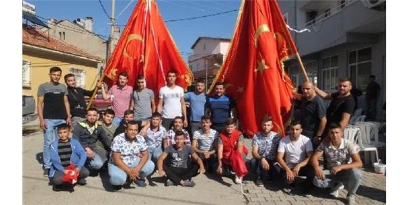 'Bayrak Hayrı'nda, Harekata Katılan Askerler İçin Dua Edildi