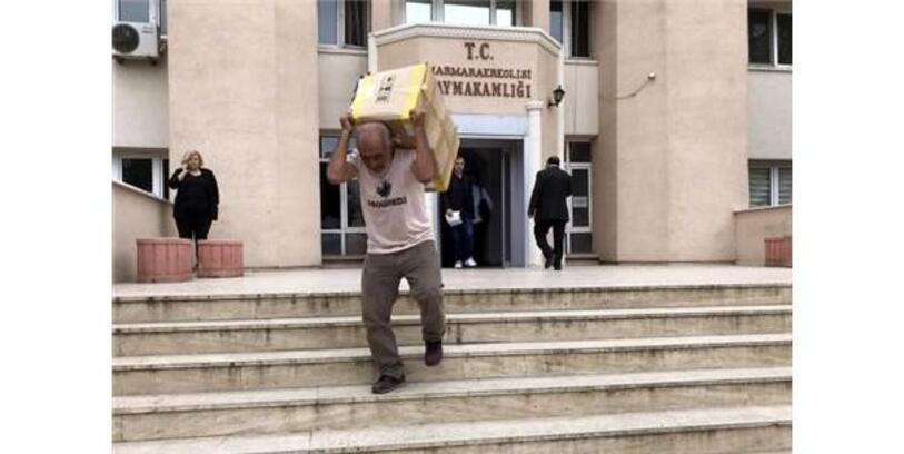 Depremde Hasar Gören Kaymakamlık Binası Taşınıyor
