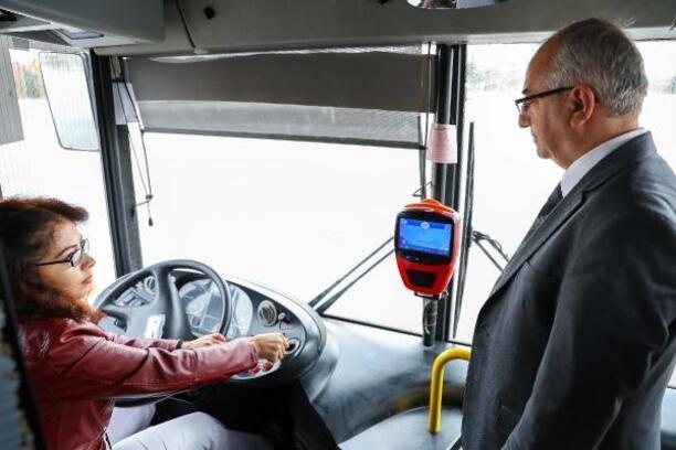 Başkent'te toplu taşımada 10 kadın görev alacak