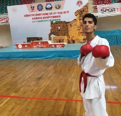 Hüseyin Yasir Altay, Karate'de Türkiye 3'üncüsü oldu