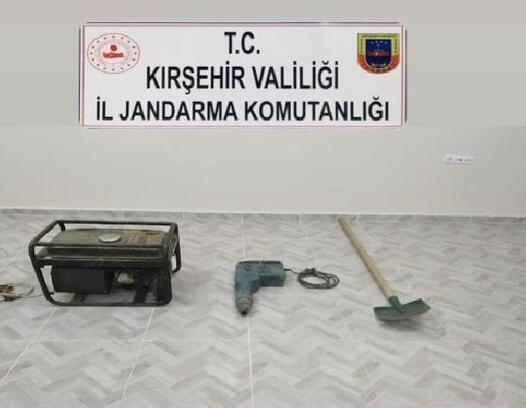 Kırşehir'de define kazısına suçüstü: 6 gözaltı