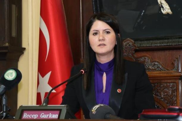 Edirne'de Belediye Meclisi'ni kadınlar yönetti