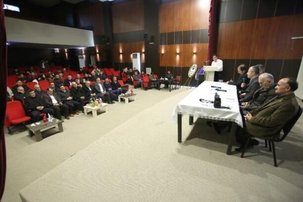 Yenişehir'de 'Peygamberimiz ve aile' başlıklı panel düzenlendi