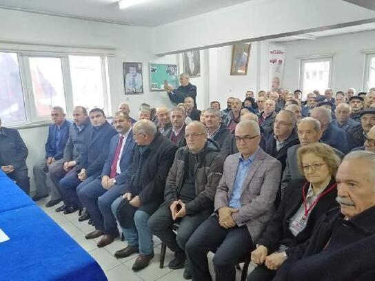 Orhaneli'de Yaşar Aslan oy birliği ile tekrar başkan seçildi