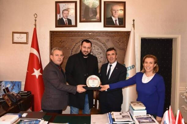 Yenişehir'de akıllı duraklar vatandaşın kullanımına sunuldu