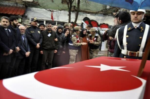 Çığ şehidi Osman Karaca, toprağa verildi