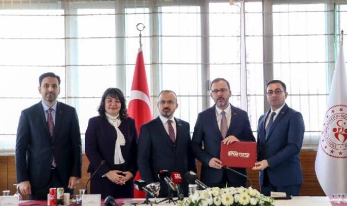 Başkan Erdoğan: Biga'da yüzme bilmeyen kalmayacak