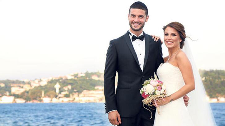 Son dakika: Berk Oktay ile Merve Şaraçıoğlu boşandı