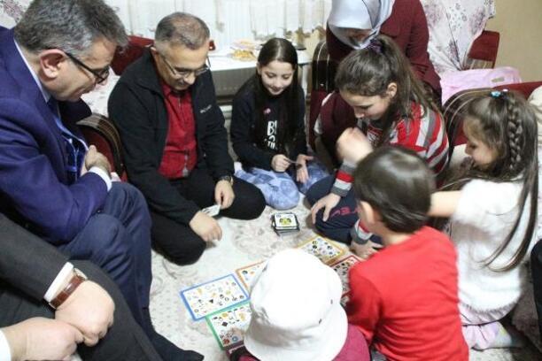 Rize'de, 'Misafiriniz Var' projesi ile öğrenci ailelerine ziyaret