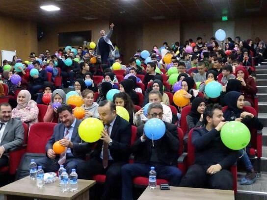 Öğrencilere motivasyon ve stres yönetimi semineri