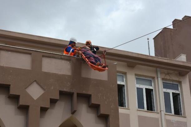 Bor'da lise öğrencilerine deprem tatbikatı
