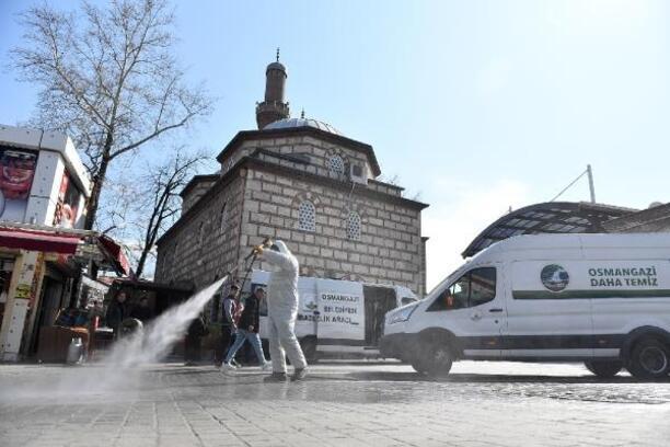 Osmangazi Belediyesi dezenfeksiyon ve temizlik çalışmalarını sürdürüyor
