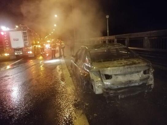 Bolu Dağı'nda otomobil alev alev yandı