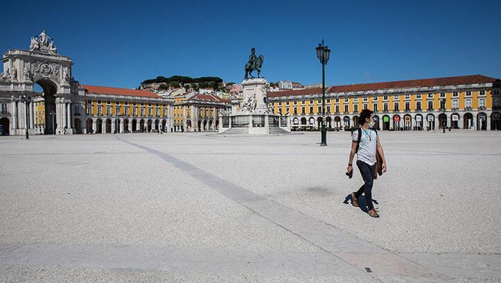 Lizbon sokaklarına sessizlik hakim