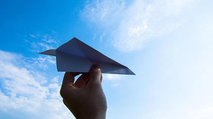 Kağıttan uçak yapımı… Adım adım anlatıyoruz