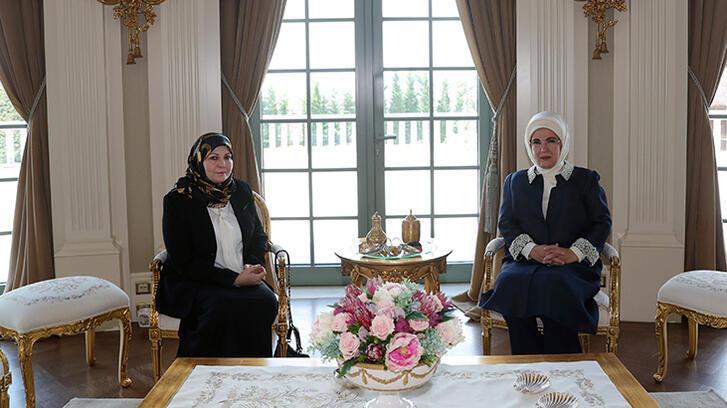 Emine Erdoğan, Sarrac'ın eşi Nadia Reffat ile bir araya geldi