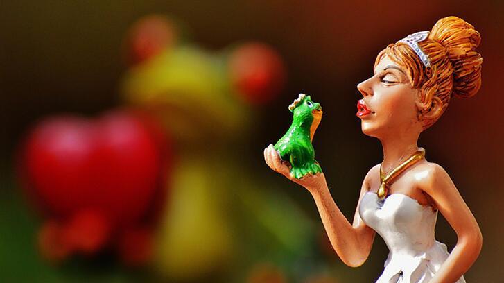 Kurbağa Prens masalı ve hikayesini oku… Okurken de eğlen!