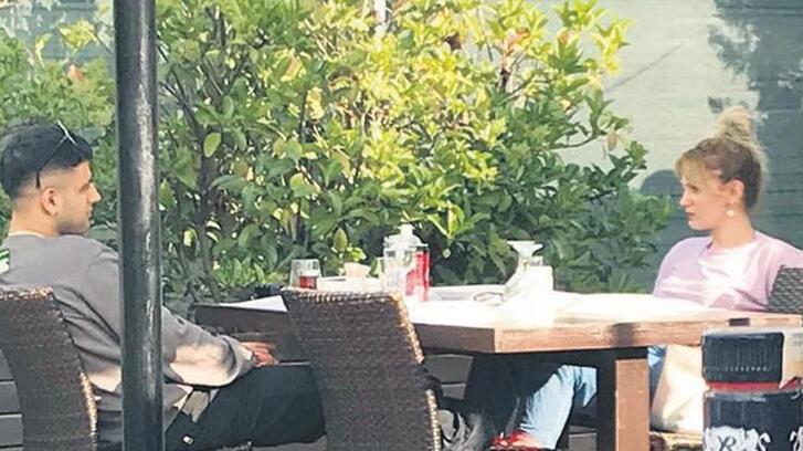 Farah Zeynep Abdullah-Reynmen aşkı belgelendi