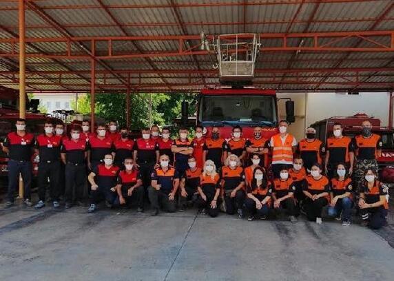 Fethiye'de mahalle afet gönüllüleri acil müdahale ekibi göreve hazır