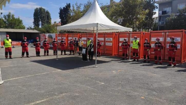 19 mahalleye 19 deprem konteyneri yerleştirildi