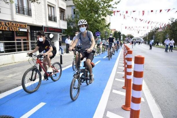 Bahçelievler'in ilk bisiklet yolu açıldı