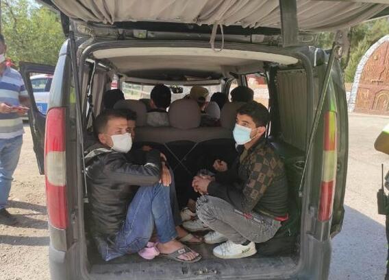 Hatay'da yabancı uyruklu 10 şahıs yakalandı