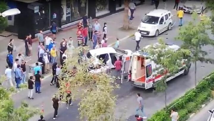 Kaza anı güvenlik kamerasında