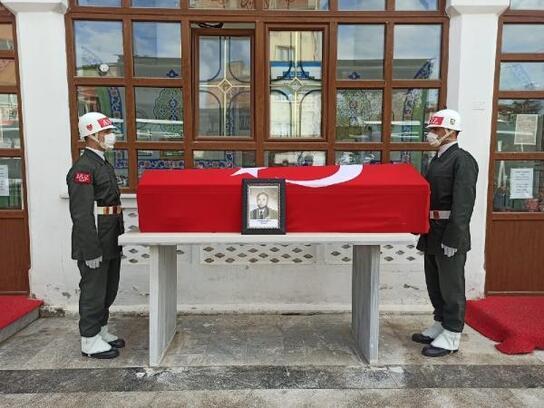 Orhaneli'de emekli albay Güngör, son yolculuğuna uğurlandı