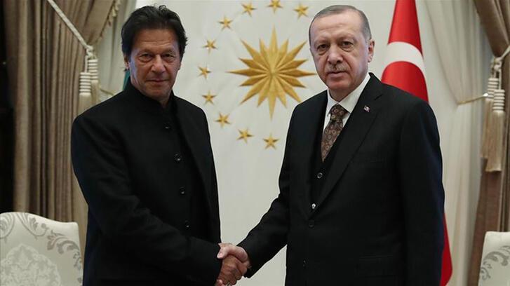 Son dakika... Cumhurbaşkanı Erdoğan, Pakistan Başbakanı ile görüştü