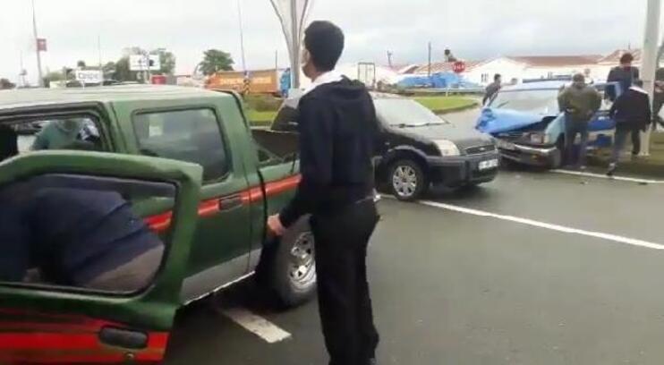 Rize'de zincirleme kaza: 3 yaralı