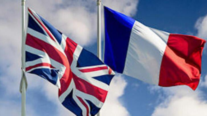 İngiltere ve Fransa'dan 'yasa dışı göçle mücadele' anlaşması