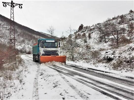 Süleymanpaşa Belediyesi'nden karla mücadele