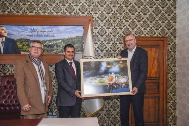 Karacabey Belediye Başkanı Özkan, Balıkesir'de temaslarda bulundu