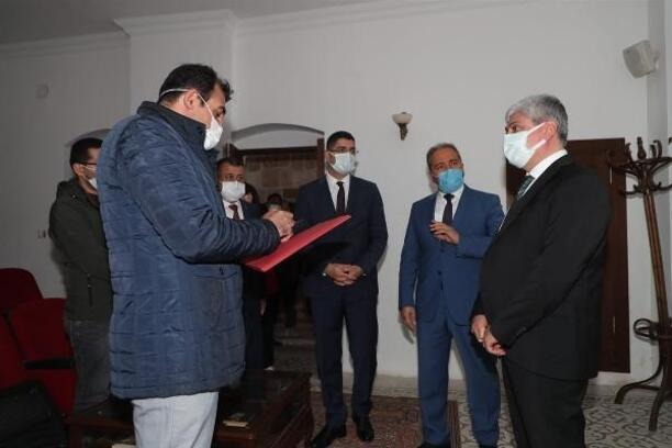 Hatay Valisi Doğan cemil Meriç Kültür Evi'nde inceleme yaptı